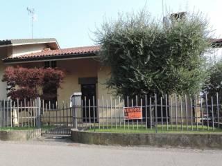 Foto - Villa via Eugenio Montale 3, Erbusco