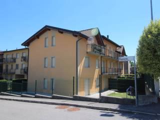 Foto - Trilocale via Piemonte 12, Lomazzo
