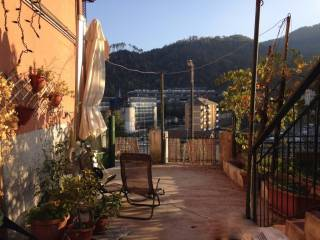 Foto - Casa indipendente via trossarelli, 11, Genova