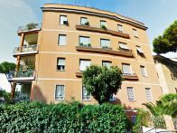 Foto - Quadrilocale ottimo stato, piano terra, Roma