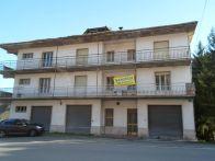 Palazzo / Stabile Vendita Comunanza