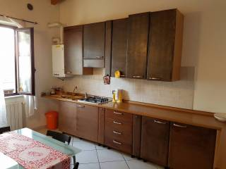 Foto - Bilocale via Canossi 11, Villanuova Sul Clisi