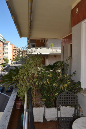 Quadrilocale in vendita a Roma in Via Ugo De Carolis, 01