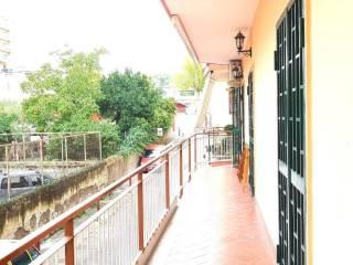 Foto - Quadrilocale viale Privato Madonna, Torre Del Greco