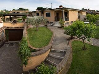 Foto - Villa viale Nuova Florida, Ardea