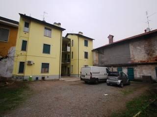 Foto - Bilocale piazza IV giugno 4, Boffalora Sopra Ticino