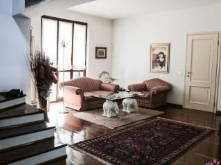 Foto - Villa via Vincenzo Vela, Usmate Velate