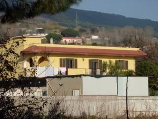 Foto - Quadrilocale via Etna 55, Torre Del Greco