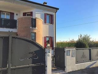Foto - Villetta a schiera via Tezze, Cessalto