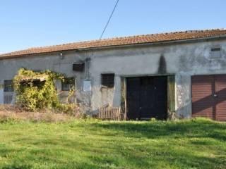Foto - Rustico / Casale, da ristrutturare, 90 mq, Bracciano