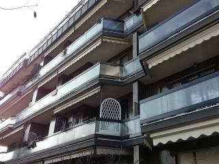 Foto - Trilocale buono stato, terzo piano, Arese