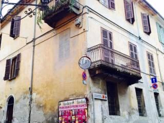 Foto - Quadrilocale via palazzo di città, 38, Saluzzo