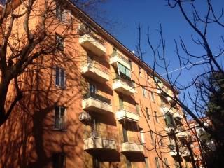 Foto - Trilocale buono stato, terzo piano, Bologna