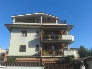 Foto - Quadrilocale buono stato, primo piano, Roma