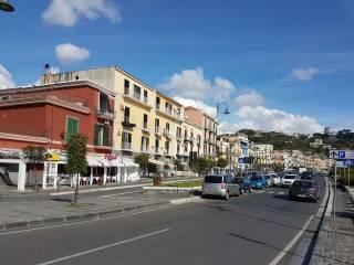 Foto - Trilocale corso Umberto I, Pozzuoli