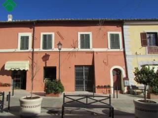 Foto - Trilocale piazza Giuseppe Garibaldi 15, Cantalupo In Sabina