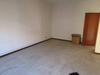 Foto - Appartamento buono stato, secondo piano, Saronno
