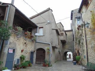 Foto - Bilocale da ristrutturare, primo piano, Montopoli Di Sabina