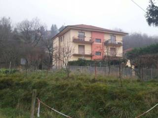Foto - Appartamento via BESOLAGNO, Casella