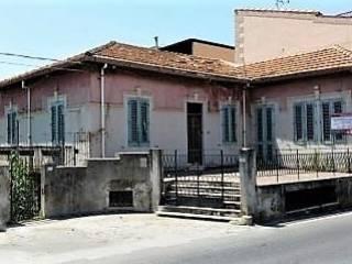 Foto - Villa, da ristrutturare, 380 mq, Rometta Marea, Rometta