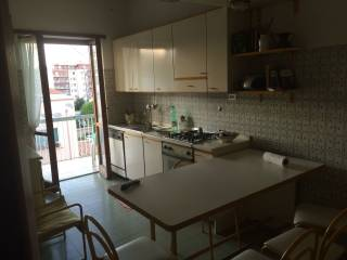 Foto - Quadrilocale buono stato, quarto piano, Pescara