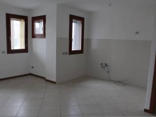 Foto - Bilocale nuovo, primo piano, Centro storico, Basiglio