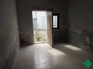 Foto - Box / Garage 70 mq, Porto Mantovano