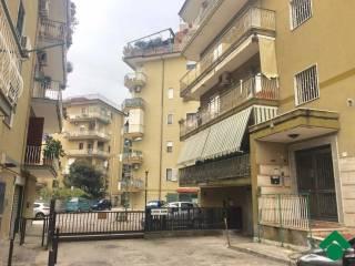 Foto - Trilocale buono stato, quinto piano, Casalnuovo Di Napoli