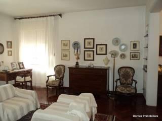 Foto - Appartamento buono stato, piano rialzato, Ascoli Piceno