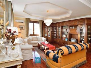 Foto - Villa, buono stato, 320 mq, Pomezia