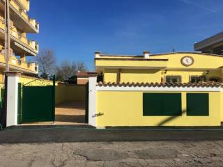 Foto - Villa, nuova, 70 mq, Pomezia