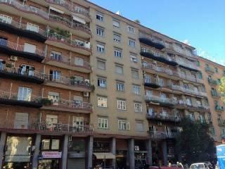 Foto - Quadrilocale via G  B  RUOPPOLO, Napoli