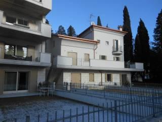Foto - Trilocale nuovo, primo piano, Caprino Veronese