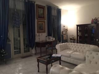 Foto - Trilocale buono stato, primo piano, Napoli