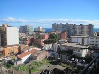 Foto - Quadrilocale buono stato, sesto piano, Catania