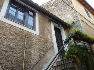 Foto - Appartamento buono stato, secondo piano, Castelnuovo Di Porto