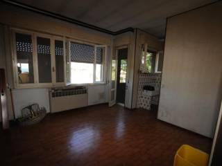 Foto - Quadrilocale da ristrutturare, quarto piano, Ancona