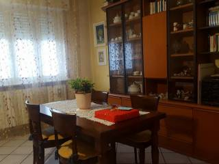 Foto - Trilocale via Scalabrini 50, Cermenate