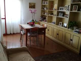 Foto - Quadrilocale ottimo stato, quarto piano, Padova
