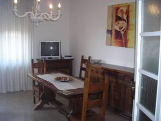 Foto - Quadrilocale buono stato, ultimo piano, Perugia