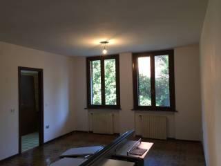 Foto - Trilocale buono stato, piano terra, Parma