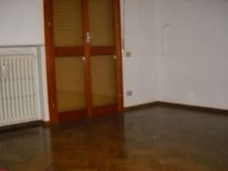 Foto - Quadrilocale buono stato, primo piano, Reggio Emilia
