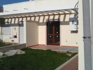 Foto - Villetta a schiera 4 locali, nuova, Torre a Mare, Bari