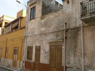 Foto - Palazzo / Stabile via Francesco Crispi, Favarotta, Terrasini