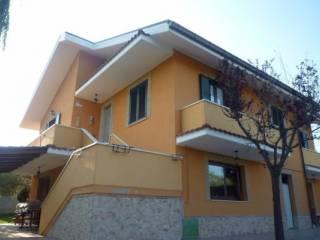 Foto - Villa, buono stato, 200 mq, Loreto Aprutino