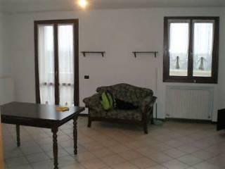Foto - Quadrilocale ottimo stato, secondo piano, Ca' Di Sola, Castelvetro Di Modena