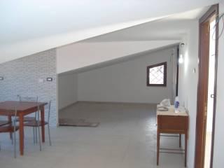 Foto - Attico / Mansarda tre piani, nuovo, 75 mq, Monterotondo