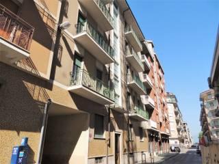 Foto - Quadrilocale buono stato, secondo piano, Centro città, Cuneo