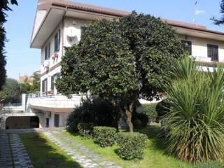 Foto - Villa, buono stato, 240 mq, Varcaturo, Giugliano In Campania