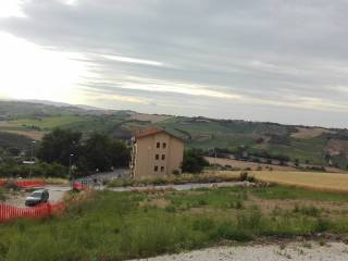 Foto - Terreno edificabile residenziale a Monte San Pietrangeli